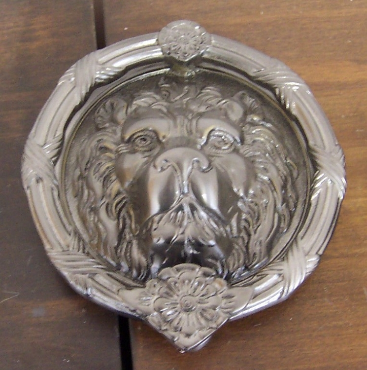 Merveilleux Brass Accents Lions Head Door Knocker   Satin Nickel