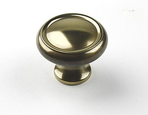 Century Plymouth 1 1/4 Inch CC Cabinet Knob in Polished Antique