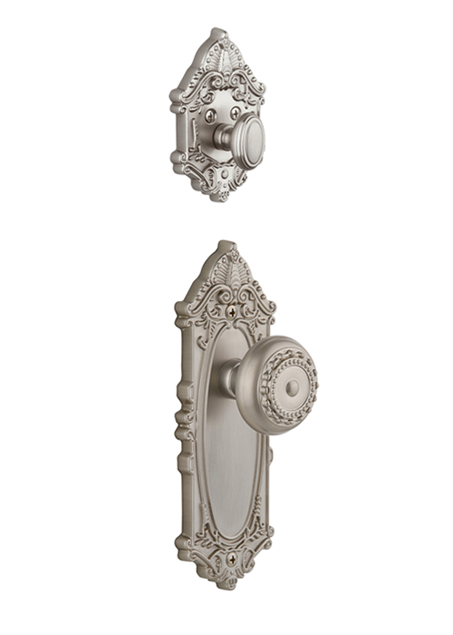 Grandeur Grande Victorian Handleset with Parthenon Knob - (Interior Half Only, with Deadbolt)