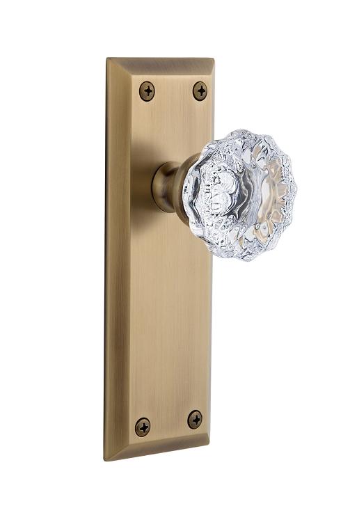 Grandeur Windsor Platewith Fontainebleau Crystal Knob Complete Passage Set Lifetime Brass