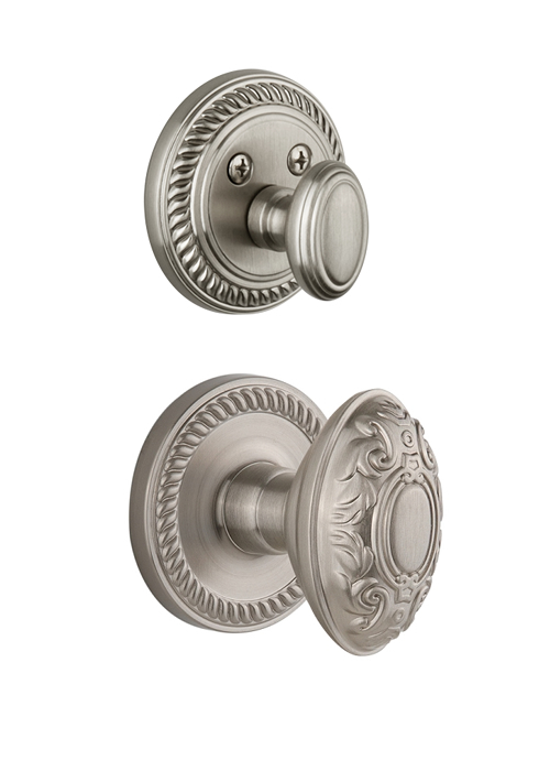 Grandeur Newport Handleset with Grande Victorian Knob - (Interior Half Only, with Deadbolt)
