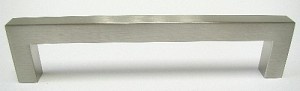 Top Knobs Nouveau III 5 1/16 Inches CC Square Bar Pull - Brushed Satin Nickel