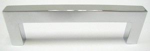 Top Knobs Nouveau III 3 3/4 Inch CC Square Bar Pull - Polished Chrome
